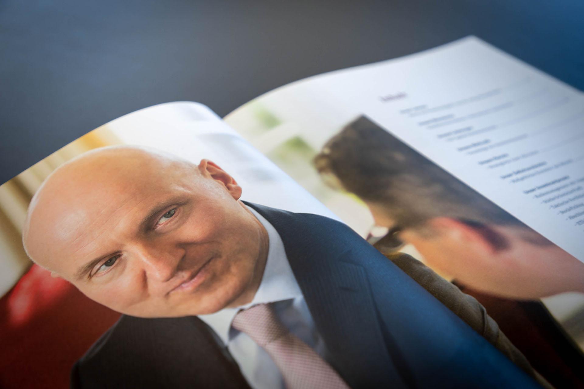 cd capital investment compendium 03 - Diskreter Auftritt mit auffallend schöner Broschüre – Corporate Design, Grafikdesign, Kommunikationsdesign, Branding, Markenentwicklung, Editorial Design