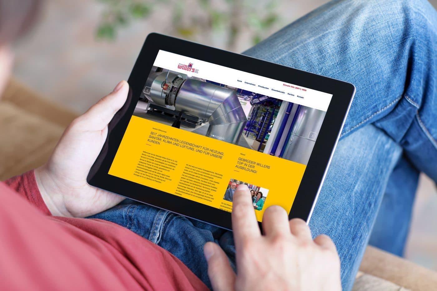 Die neue Internetseite von Willers Haustechnik auf dem Tablet