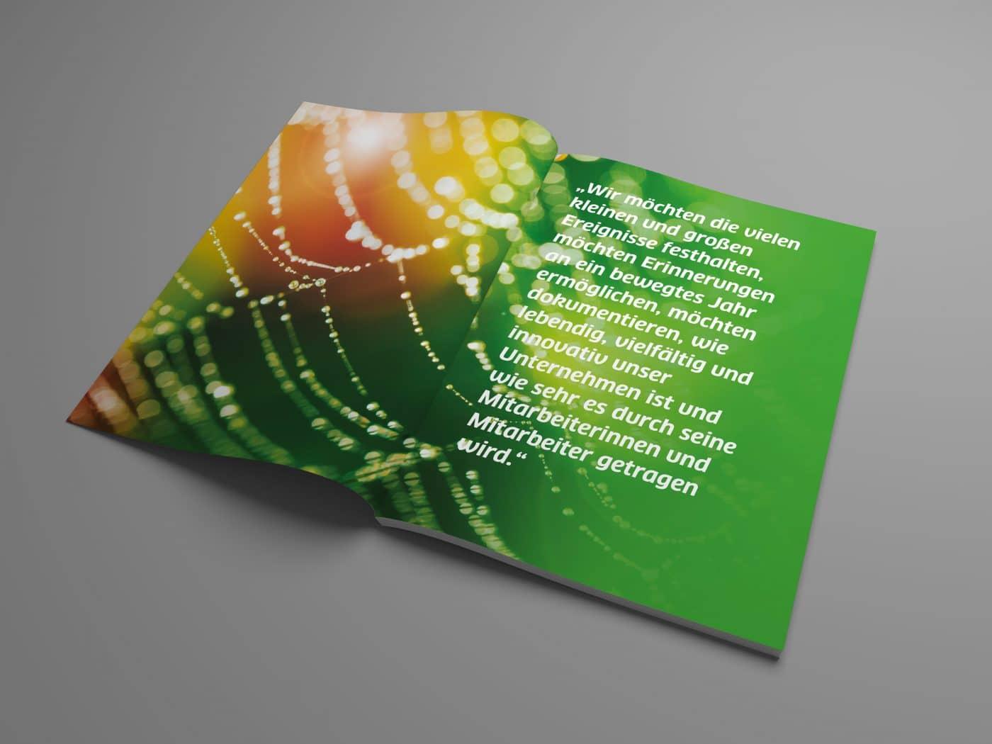 kd jahrbuch 02 - Ein rundum gelungenes Mitarbeiterjahrbuch – Corporate Design, Grafikdesign, Kommunikationsdesign, Branding, Markenentwicklung, Editorial Design